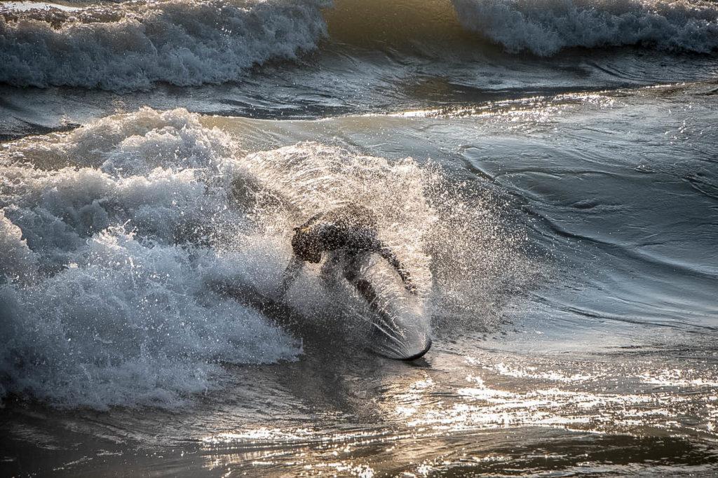 surf en rivière - theweekendwarrior.fr - simon surf 03